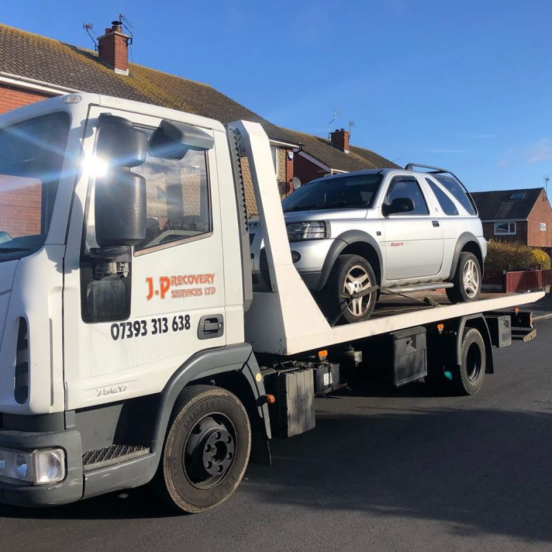 Recovery of Freelander from Wallasey to Moreton