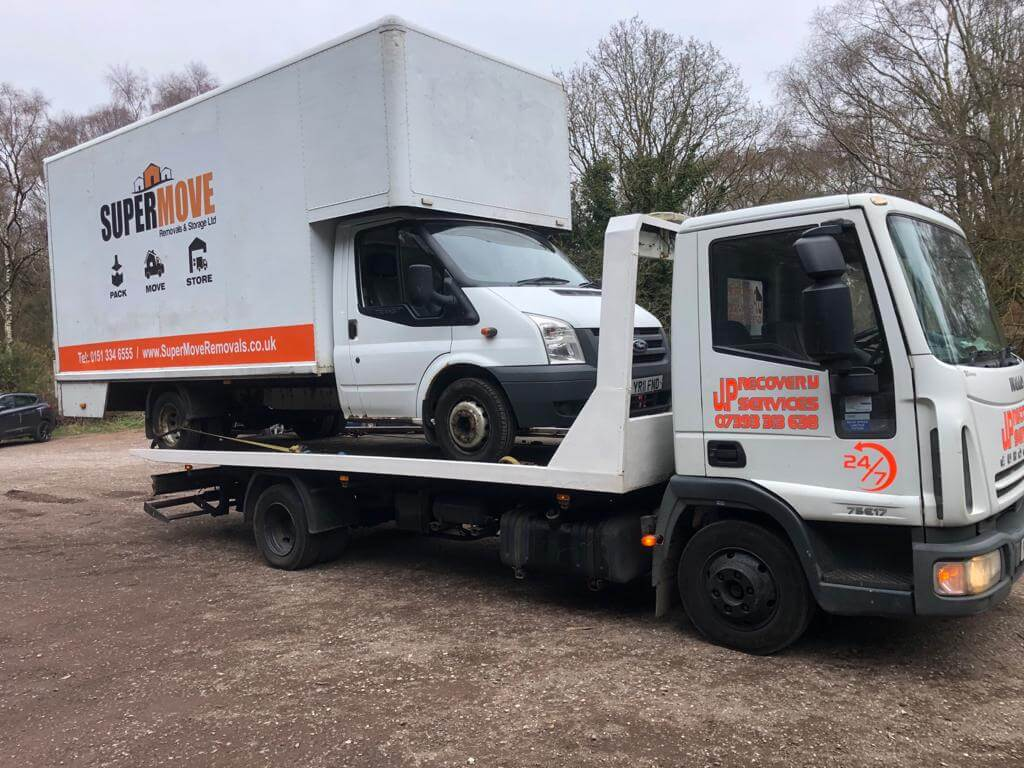 Emergency truck recovery Liverpool
